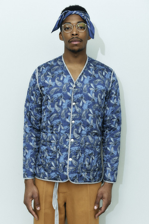 V NECK QUILTED UB PRINT JACKET
