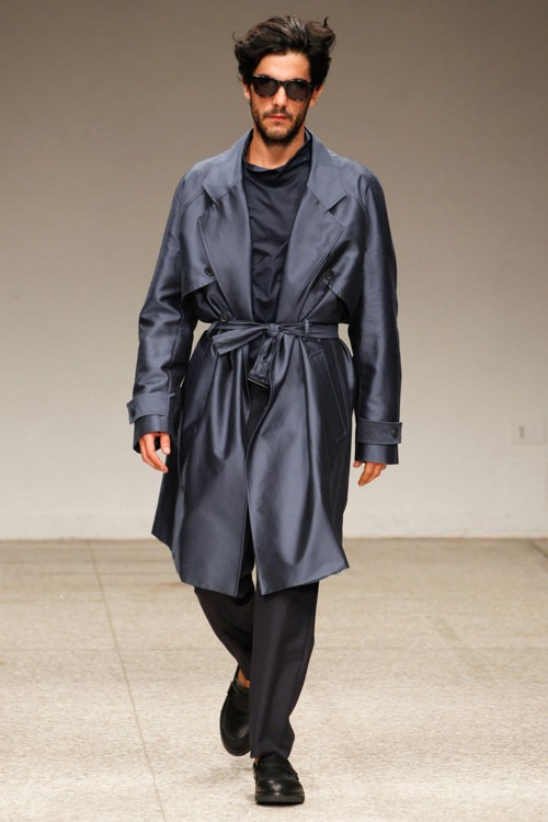 I ONCE LOVED A WOMAN WHO LOVES MENSWEAR SHOW
